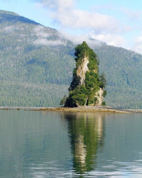Eddystone Rock; Photo by Fred Cooper